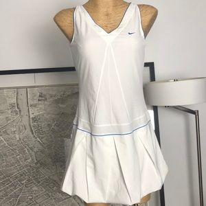 Nike white dress size L 12-14
